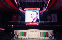 AK Parti İstanbul'un 3 ilçesinde MHP'yi destekleyecek