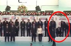 AK Parti Belediye Başkan Adayı Poyraz baygınlık geçirdi