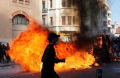 Fransa'da 700 den fazla liseli gözaltına alındı