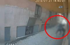 Cinayet anı kamerada!