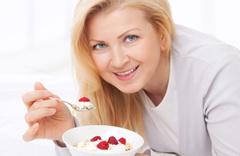 Kalp krizine karşı haftada en az 2 porsiyon yoğurt tüketin
