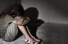 Yok böyle iğrençlik! Babası 5 yaşında taciz 11 yaşında tecavüz etmiş