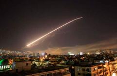 Trump, Esed rejimini vurdu! İşte ilk görüntüler...