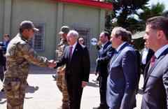 Kılıçdaroğlu, sınırda karakolu ziyaret etti!