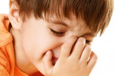 Çocuklarda burun kanaması nasıl kesilir? Sakın geriye yaslamayın