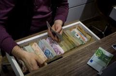 Euro tarihi rekoru kırdı dolar bugün ne kadar