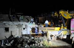 Cizre'de evde tüp patladı ölü ve yaralılar var