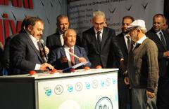 Bakan Veysel Eroğlu sahurda temel attı