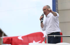 CHP'li Muharrem İnce: Türkiye batıyor