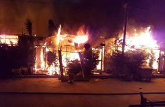 Sapanca'da 10 kafeterya alev alev yandı
