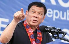Tanrıya aptal diyen Duterte: Varlığını bir kişi kanıtlasın istifa...