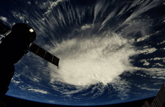 ABD'ye felaket yağacak NASA çekti Florance 4. seviyede dehşet