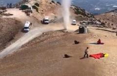 Babadağ'da hortum oluştu, yamaç paraşütü uçuşları iptal edildi
