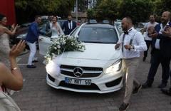 Düğünü haciz memurları bastı! Üçüncü kez evleniyordu...