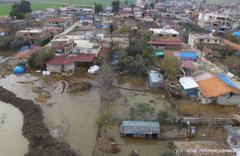 Hatay'da baraj kapakları açıldı mahalle sular altında kaldı