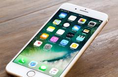 Apple'dan şok karar! iPhone üretimi azalıyor