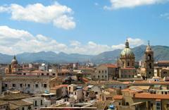 Ucuza ev almak isteyenlere fırsat doğdu 5 liraya İtalya'da ev