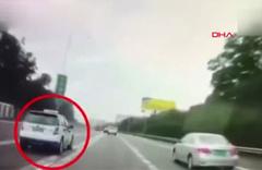 Direksiyon başında uyudu kaza anı araç kamerasında