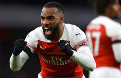 Tottenham ve Arsenal rahat kazandı