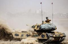 Kuzey Irak'ta Türk askeri üssüne saldırı! Araçları ateşe verdiler