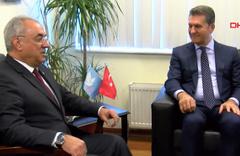 Mustafa Sarıgül, DSP Genel Merkezi'ne geldi