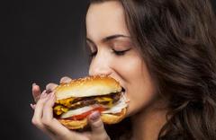Yenilen her şey insan vücudunda kilo yapar mı?
