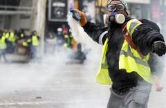 Fransa'da eylemcilere ceza geliyor