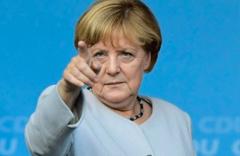 Merkel'i hacklediler telefon ve kredi kartı bilgileri çalındı