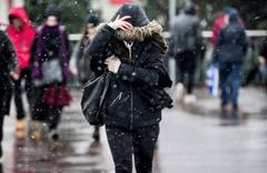 Uşak saatlik hava durumu raporu fena kar bastırıyoré