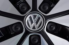 Alman devi Volkswagen 401 bin kişi ile mahkemelik oldu