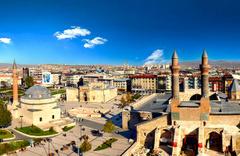 Sivas'ta kadın ve erkek nüfus dengelendi