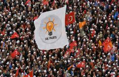 AK Parti'de beklenmedik gelişme! Belediye başkan adayı çekildi