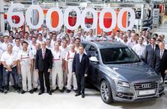 Audi 6 milyonuncu quattro'yu banttan indirdi