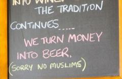 Restorantta olay yaratan 'Müslüman' tabelası