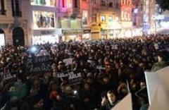 Paris'te milyonluk protesto! Davutoğlu da gidiyor!