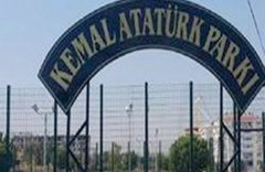 Kemal Atatürk tabelasında bazı harfler sökülünce