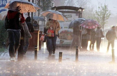 Meteoroloji'den sağanak ve fırtına uyarısı! İstanbul, Kocaeli, Bursa...