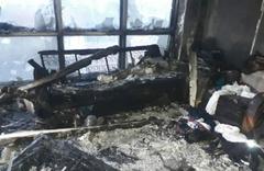 Evde sular kesik olunca daire bütün eşyalarıyla birlikte yandı