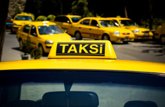 İngilizlerden Türkiye'ye gelecek taraftarlara taksici uyarısı