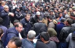 Şanlıurfa'da izdiham! Suriyeliler söylentisi ortalığı karıştırdı