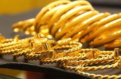 Güvenli liman altın düşüşe geçti
