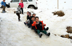Yoğun kar yağışı nedeniyle 6 ilde kar tatili