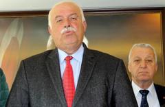 İzmir'de CHP'li Belediye Başkanı Tayfur Çiçek DSP'den adaylığını açıkladı