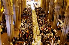 Vatikan baba olan rahiplere ilişkin gizli belgeyi kabul etti