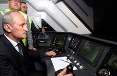 Bakan Mehmet Cahit Turhan Yüksek Hızlı Trenin test sürüşünü yaptı