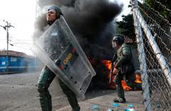 Venezuela Brezilya sınırında çatışma Ölü ve yaralılar var!
