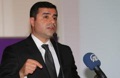 Selahattin Demirtaş'tan 'CHP'ye oy verin' açıklaması