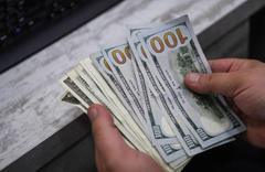 Dolar saat 13.00'de 5.35'i 16:29'da 5.39'u gördü daha da artar mı 6 lira kehaneti