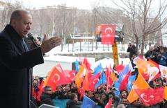 """Erdoğan: """"Ülkemizin çukur terörü ile esir alınmak istendiği o zorlu günlerde, istikrar dediniz"""""""