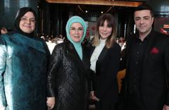 Emine Erdoğan'ın Külliye'de verdiği yemeğe ünlüler akın etti!